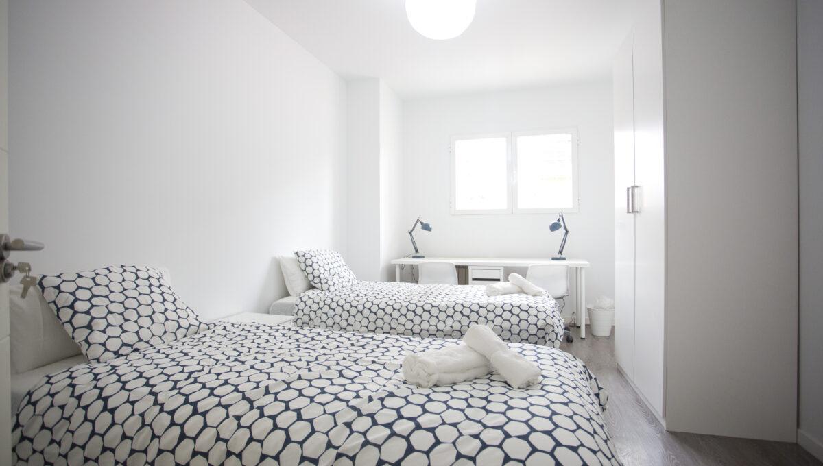 560-3psp_bedroom