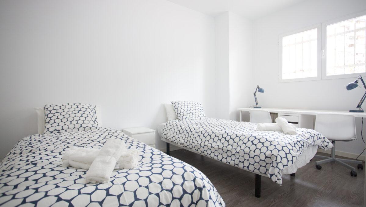 560-3psp_h4_bedroom _1