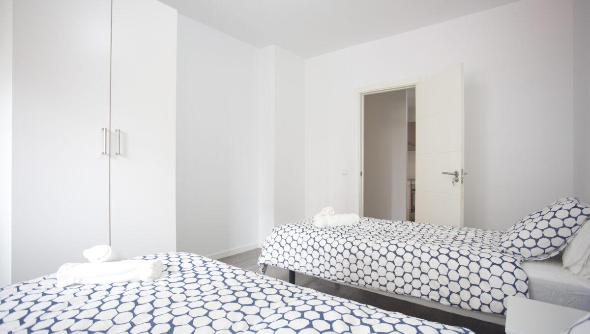 560-3psp_bedroom _3