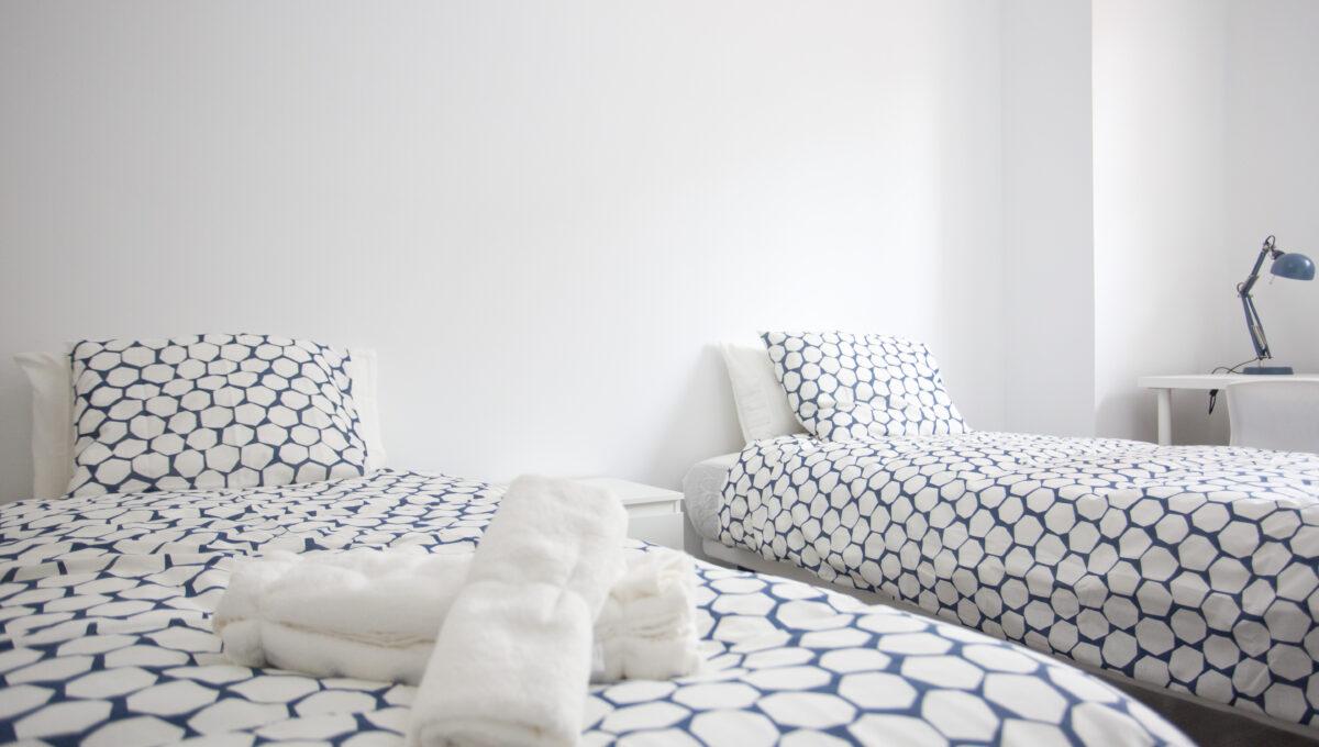 560-3psp_h4_bedroom _5